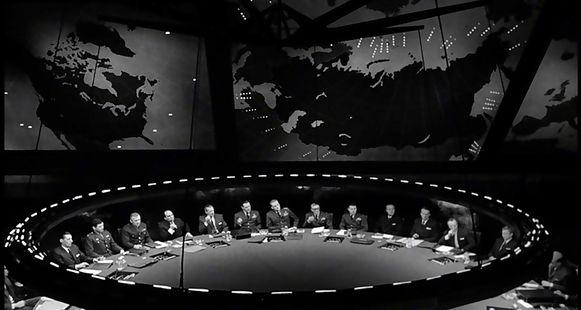 De wereldleiders bij elkaar in 'Dr. Strangelove'.