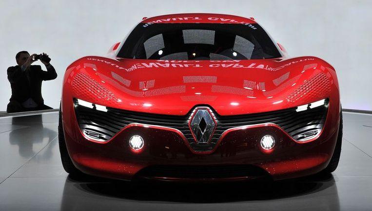 De elektrische aangedreven Renault Dezir. Informatie over de accu's zou tegen betaling zijn doorgegeven. © afp Beeld null