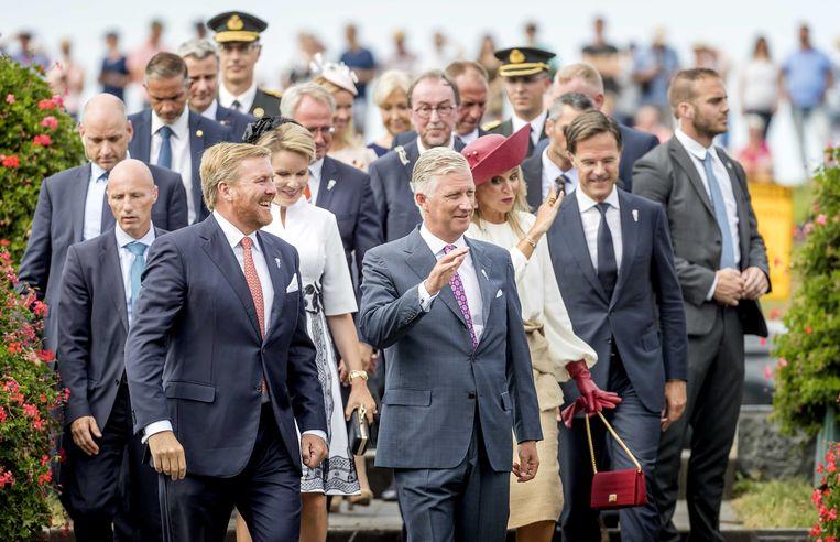 Voor ons land wonen onder anderen koning Filip en Mathilde de viering bij.