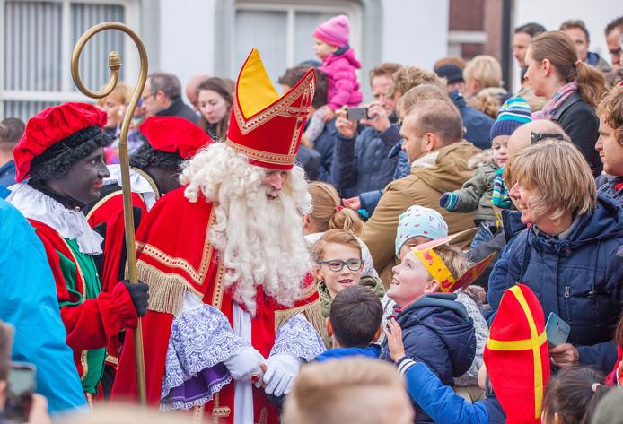 Dit weekend komt de Sint naar verschillende dorpen in de buurt. Zo ook Oud-Beijerland.