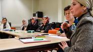 Lesgeefster anderstaligen Mukaddes Yurdaer (35) gekozenals Warmste Vrijwilliger van de provincie