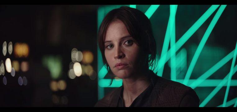 Felicity Jones Beeld Screenshot