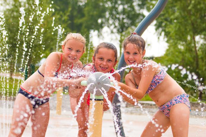 Waterpret in Historyland te Hellevoetsluis, deze week gaat het 'Spray Park' open.