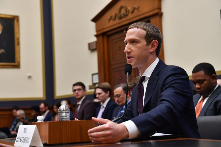 Facebook Mark Zuckerberg getuigt in oktober 2019 voor het House Financial Services Committee.