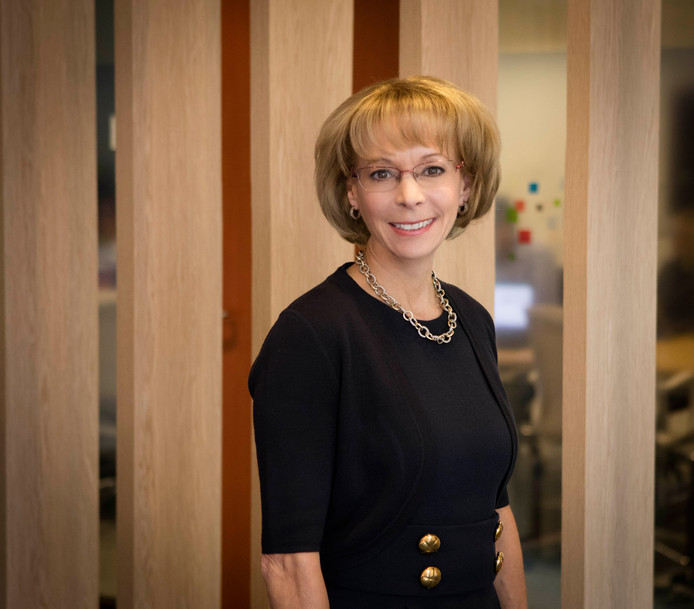Nancy McKinstry (59).
