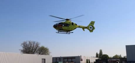 Jonge vrouw gewond na val van scooter in Zaltbommel, traumahelikopter opgeroepen