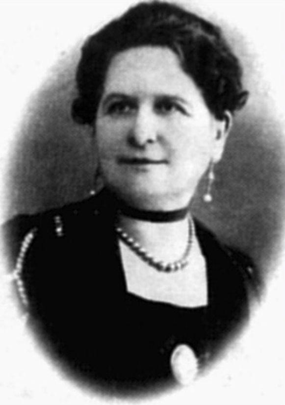 Léonie Keingiaert de Gheluvelt bij haar aanstelling als burgemeester in 1921.