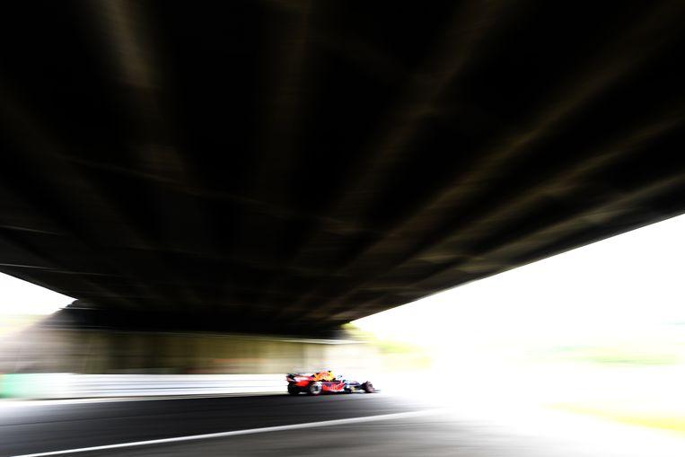 Max Verstappen vrijdag tijdens de vrije training op het circuit van Suzuka in Japan. Beeld Clive Mason / Getty
