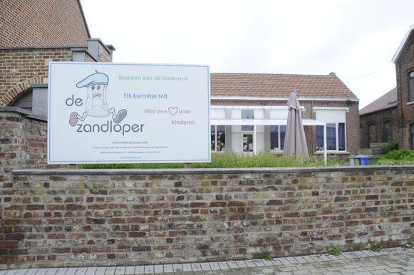 De school aan de Langstraat in Neerhespen blijft tot eind deze week gesloten.