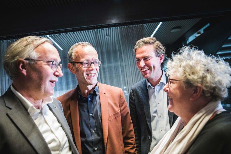 Rudy Coddens, Filip Watteeuw, Mathias De Clercq en Mieke Van Hecke hebben alle reden om te lachen.