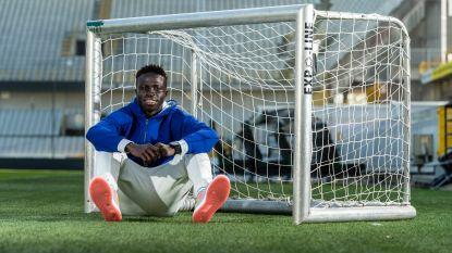 """""""Die eerste weken bij Club... Ik dacht dat ik ging sterven"""": Diatta krijgt loon naar werken en mag straks ook flitsen bij Senegal"""