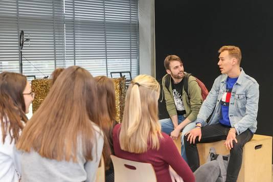 Rik en Jeroen tijdens de try-out op het Sondervick College in Veldhoven.