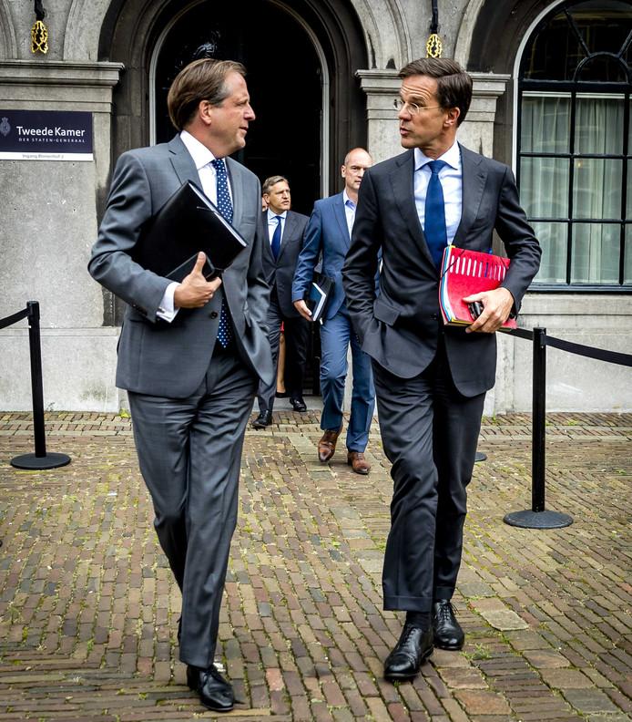25.09.2017 - Alexander Pechtold (D66), Sybrand van Haersma Buma (CDA), Gert-Jan Segers (ChristenUnie) en Mark Rutte (VVD) op het Binnenhof tijdens een schorsing van de onderhandelingen voor de kabinetsformatie. © ANP