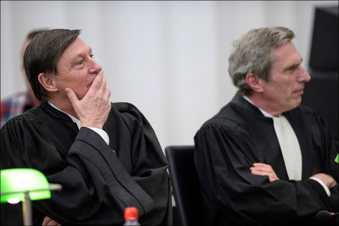 Jaak Haentjens, l'avocat de Kim De Gelder (ici à droite).