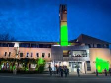Gemeentehuis Berg en Dal kleurt groen, als teken van hoop