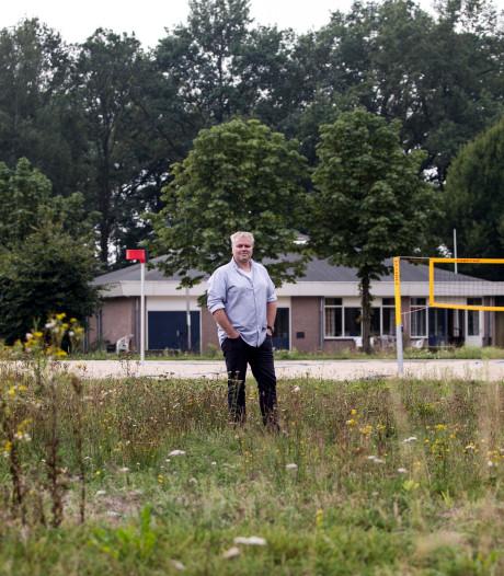 Korfbalclub 't Overschotje in Lochem haalt de 100 jaar net niet: 'We hebben de strijd verloren'