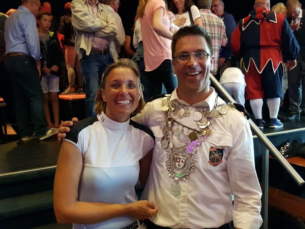 Koningspaar Eric en Simone Klappers van schutterij Ons Genoegen in Duiven.