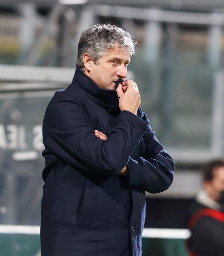 Waarom trainer Brood zo bedenkelijk naar het spel van ADO kijkt: 'Nederlaag tegen VVV kwam wel even binnen'