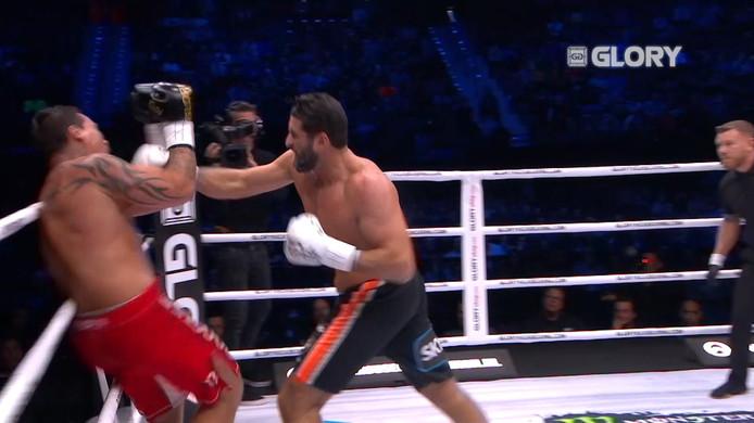 In de halve staan Ben Jamal Saddick en Guto Inocente tegenover elkaar. Het gevecht gaat door tot de laatste ronde.