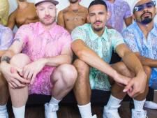Worden outfits van kant de nieuwe zomermode voor mannen?