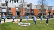 Berchem Bruist komt belofte na: zorgverleners die wonen of werken in Kluisbergen krijgen bloemen en bier