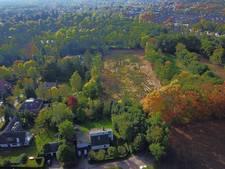 Achtertuin van riante villa Pieter van den Hoogenband verwoest