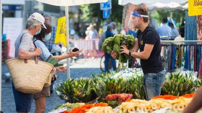 Vrijdagmarkt 't Laar lokt amper 15 kramen in plaats van normaal 60: district Borgerhout vraagt stad marktkramers persoonlijk op te bellen