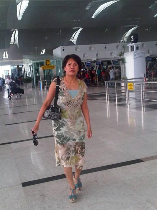 Surti Dahlia op Kuala Namu International Airport op Sumatra op 7 maart 2014. Zeven uur later stapte ze in Kuala Lumpur aan boord van de MH370