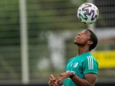 Feyenoorder Malacia terug op trainingsveld