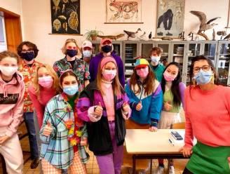 Leerlingen Atheneum geven Blue Monday kleur