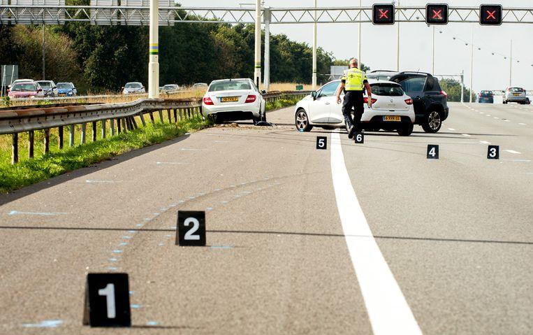 Een verkeersongeluk op de A12 Utrecht-Den Haag Beeld ANP