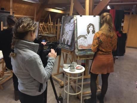 Italiaanse tv-zender legt culturele sfeer Middelburgse Kuiperspoort vast