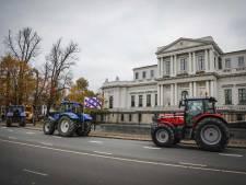 Boerenprotest: tractoren rijden naar Schiphol
