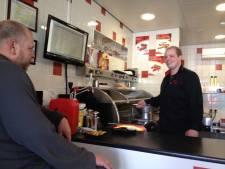 Werkendamse Marco kan weer aan de 'frituur' na drie maanden gesloten te zijn