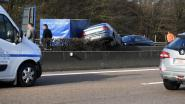 Auto belandt op vangrails op E314