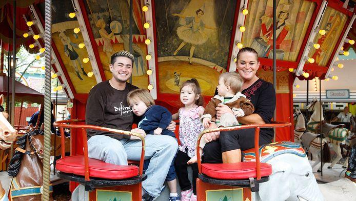 Thomas, Susan et leurs trois enfants