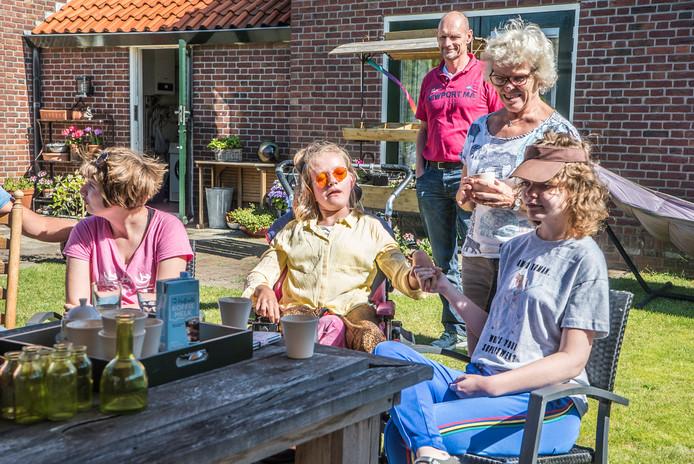 Ouders en hun meervoudig gehandicapte kinderen- Stichting Voor Elkaar Met Elkaar