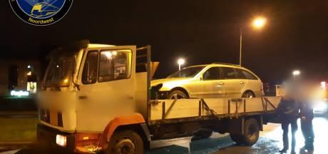 Politie haalt 17-jarige vrachtwagenchauffeur van Urk van de weg