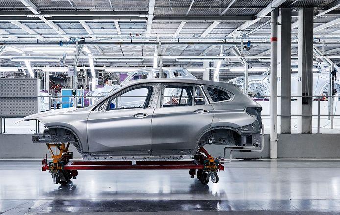 Carrosserie van de BMW X1 die wordt geproduceerd door VDL Nedcar.