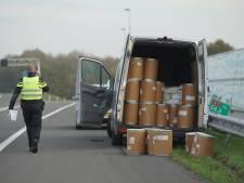Politie rijdt busje met drugsafval klem op de A1: afrit Twello enige tijd afgesloten