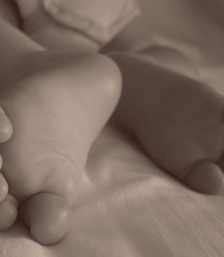 Drie jaar cel en tbs voor moeder die baby Milan doodde