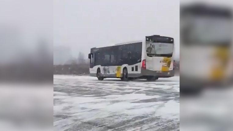 Driftende Lijnbus