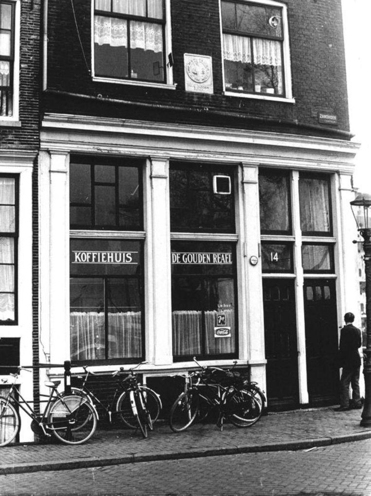 Historisch Koffiehuis ' De Gouden Reael' Zandhoek 14. Archieffoto ANP Beeld