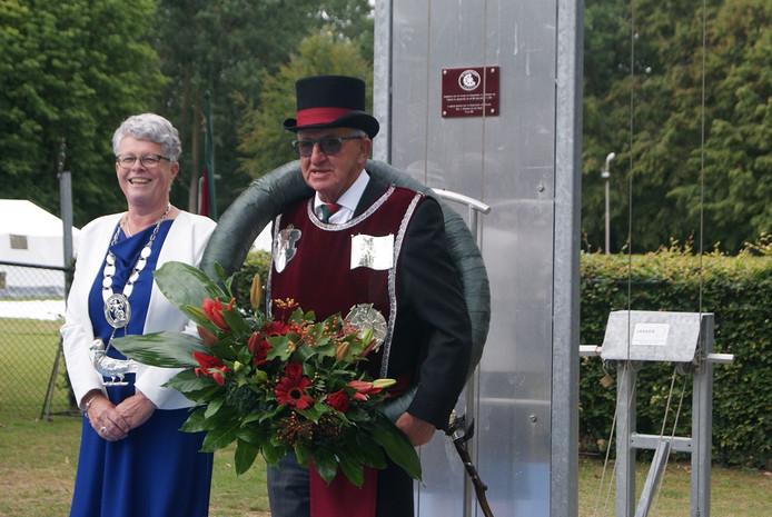 Koning Eef Luijben en zijn echtgenote Lucy.