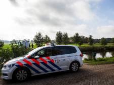 Politie: Tienduizenden euro's aan cash geld gevonden in schuilboerderij Ruinerwold