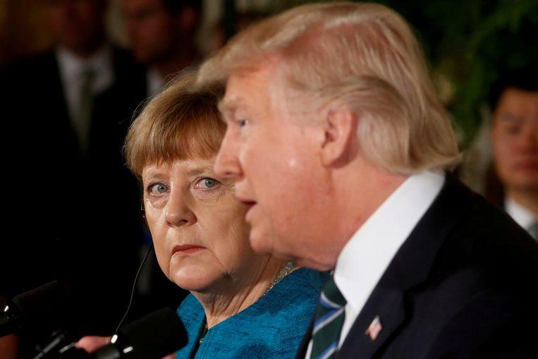 Archiefbeeld van een gezamenlijke persconferentie van Duits Bondskanselier Angela Merkel en Amerikaans president Donald Trump (maart 2017).