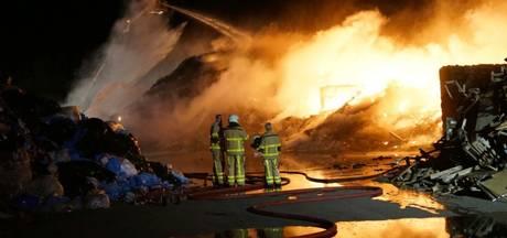 Buurt na brand: 'Afvalbedrijf Ter Horst hoort hier niet'