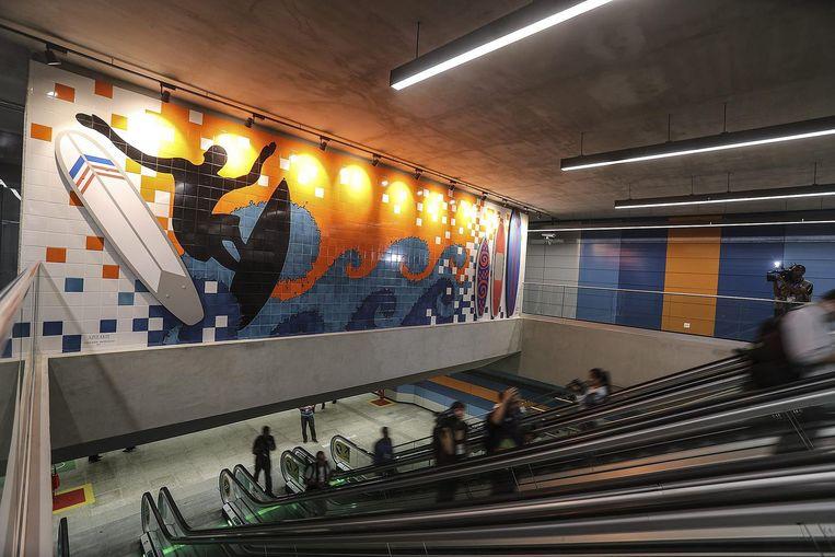 De nieuwe metrolijn naar Barra is alleen geopend voor de'olympische familie', maar het eindpunt werd niet gehaald Beeld anp