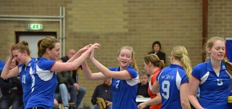 Jonge volleybalsters Shot maken een 'leerseizoen' door