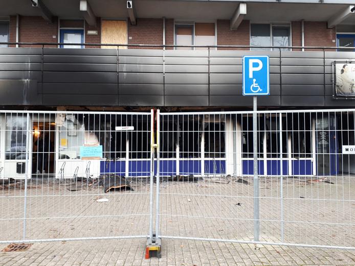 De uitgebrande sportschool in Lelystad-Haven.
